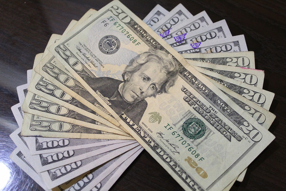 wealth-3186242_960_720